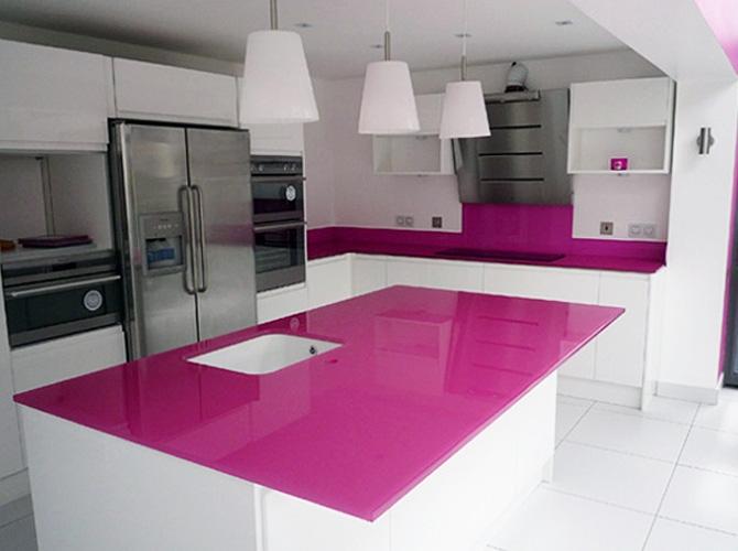kính tôi cường lực ốp bếp hải long màu hồng 8 ly